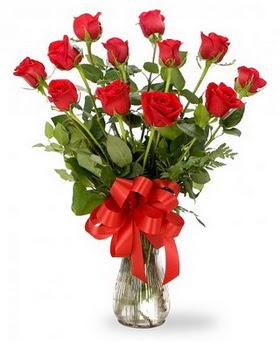 Eskişehir cicek , cicekci  12 adet kırmızı güllerden vazo tanzimi