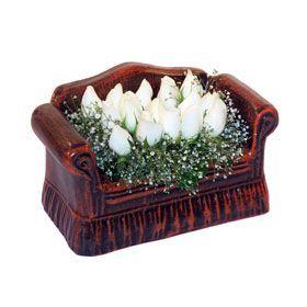 seramik içerisinde 11 gül  Eskişehir uluslararası çiçek gönderme