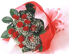 12 adet kirmizi gül buketi  Eskişehir güvenli kaliteli hızlı çiçek