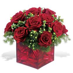 Eskişehir çiçekçiler  9 adet kirmizi gül cam yada mika vazoda