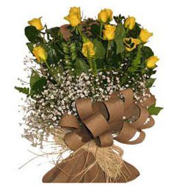 Eskişehir çiçekçiler  9 adet sari gül buketi