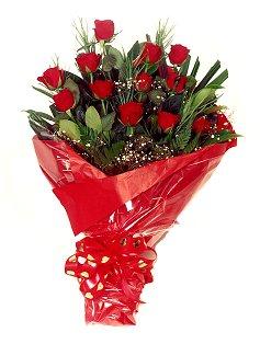 12 adet kirmizi gül buketi  Eskişehir çiçek online çiçek siparişi