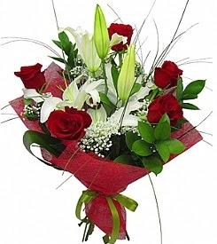1 dal kazablanka 5 kırmızı gül buketi  Eskişehir çiçek satışı