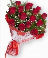 11 adet kırmızı gül buketi  Eskişehir yurtiçi ve yurtdışı çiçek siparişi