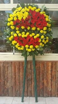 Cenaze çelengi çiçek modeli  Eskişehir çiçekçi telefonları