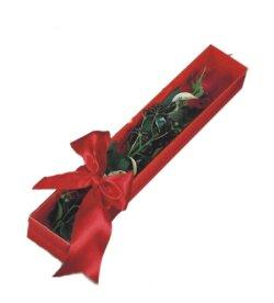 Eskişehir çiçek yolla  tek kutu gül sade ve sik