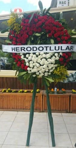 Cenaze çelengi cenazeye çiçek modeli  Eskişehir online çiçek gönderme sipariş