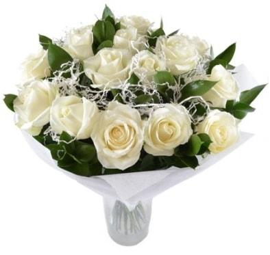 15 beyaz gül buketi sade aşk  Eskişehir online çiçek gönderme sipariş